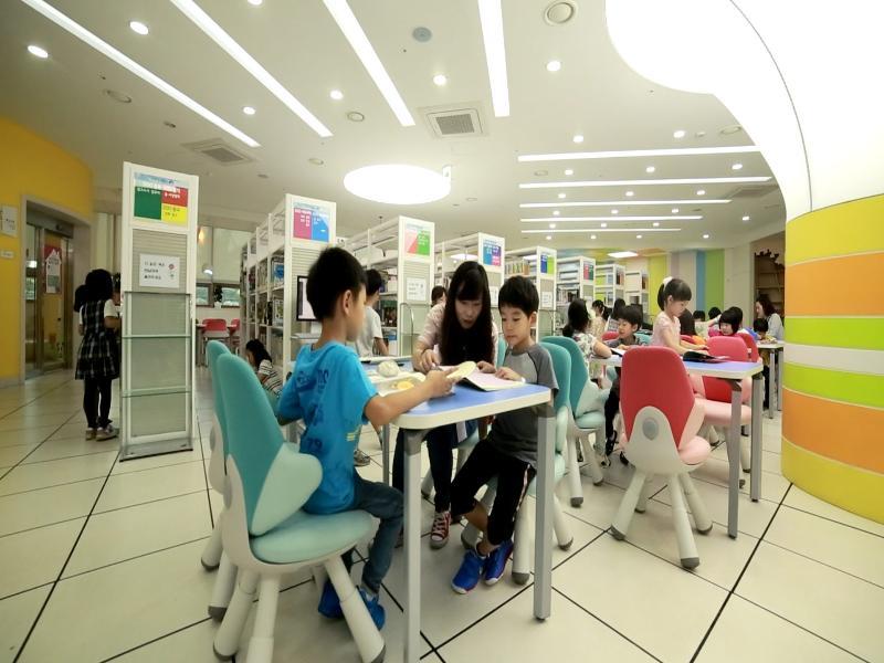 ▶책 읽는 즐거움! 독서마라톤 대회 개최 ▶광명시 보건소, '건강한 생활터 만들기 사업' 추진